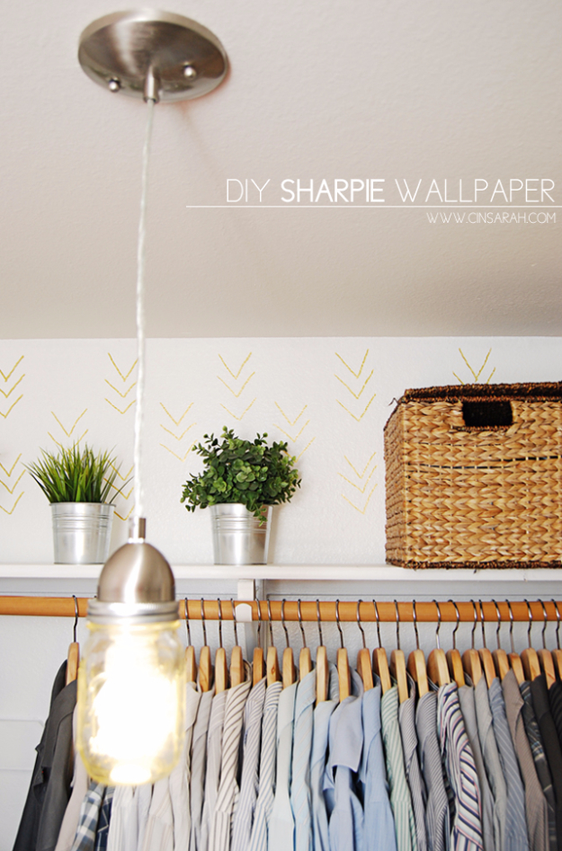 Easy DIY Sharpie Wallpaper