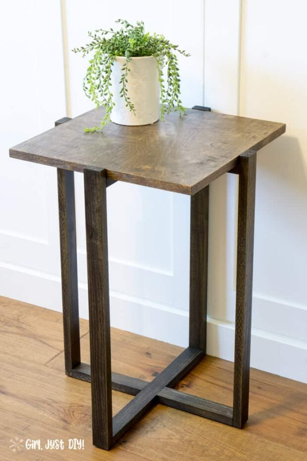 10 DIY End Table Plans and Ideas - diy furniture, DIY End Table plans, DIY End Table ideas, DIY End Table