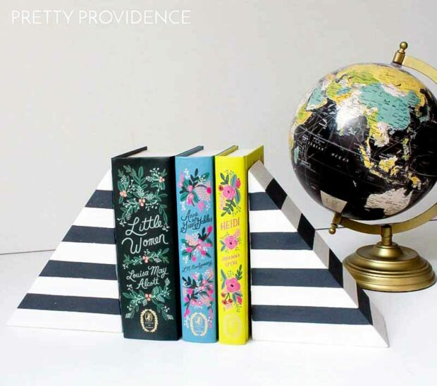 14 Cool DIY Bookends That Are Easy to Make - DIY Bookends, Bookends