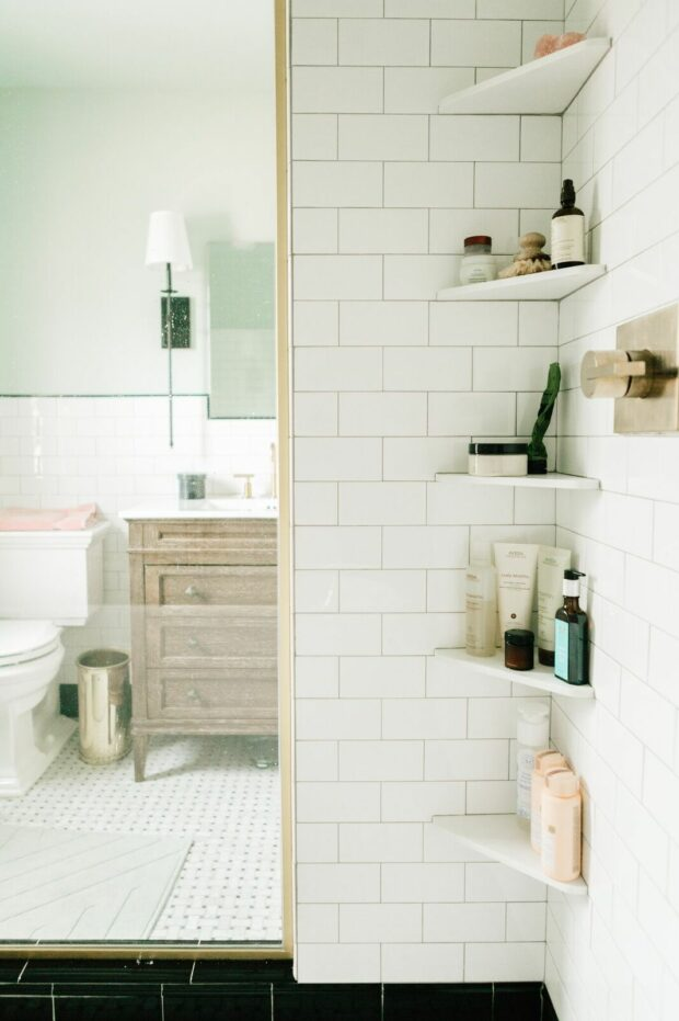 13 DIY Built In Shelving for The Bathroom