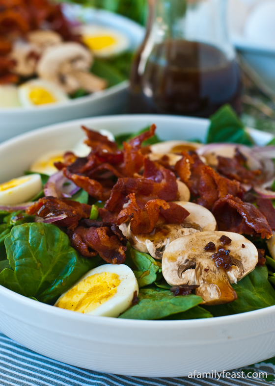 spinach salad with bacon dressing | 25+ delicious salad recipes