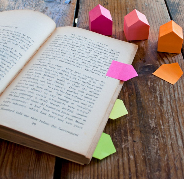 tiny house shaped Post it Notes | 25+ Post it note ideas
