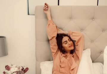 Stay Home and Stay Stylish: 13 Most Comfortable Looks Ever - stay home fashion, stay home, stay at home outfit ides, home outfit ideas, #stayhome