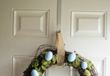 15 Creative DIY Easter Wreath Ideas (Part 2) - DIY Easter Wreaths, DIY Easter Wreath Ideas, diy Easter wreath