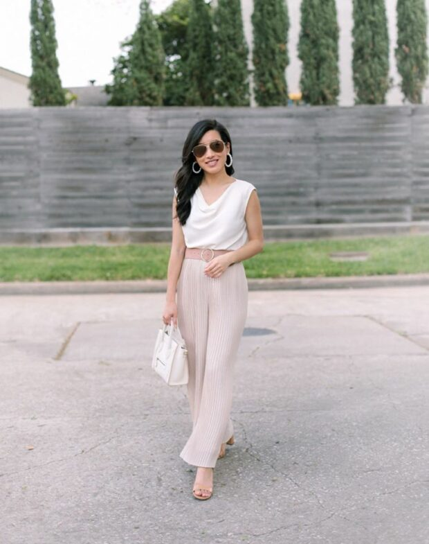 Easy Monochrome Spring Outfit Ideas