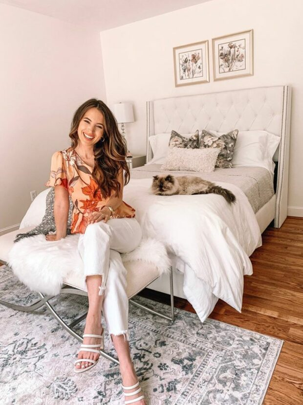 Stay Home and Stay Stylish: 15 Comfy and Chic Outfits for Home