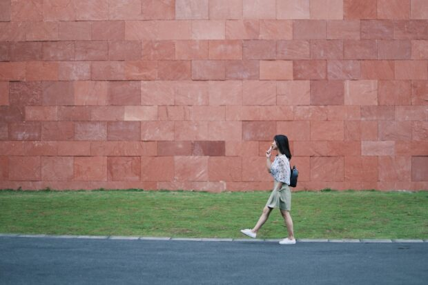 Podcasts To Listen To While Walking Solo - walk, podcast, music