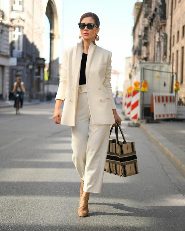 Back to Office 12 Statement Looks