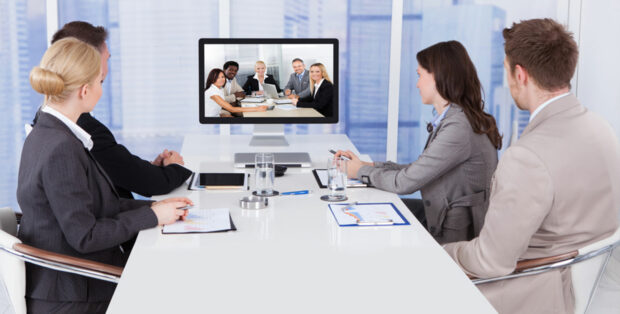 5 Ways to Improve Your Confidence in Virtual Meetings - virtual, meetings, confidence, camera, appearance