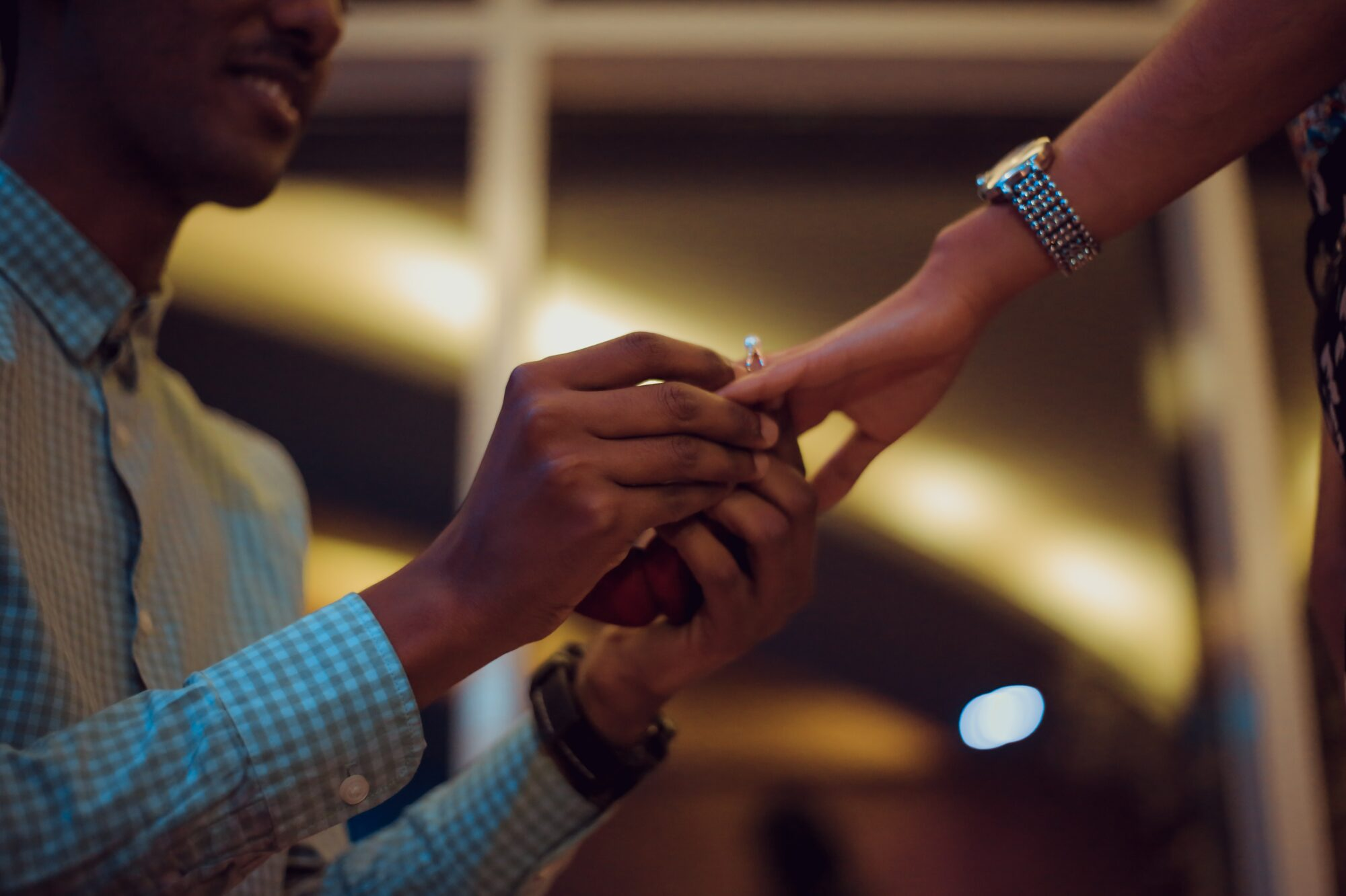 The Dos and Don'ts for Choosing an Engagement Ring