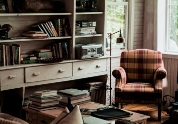 Cottagecore DIY: The Newest Style trend? - Trend, style, practicality, lavender, furniture, femininity, cottagecore