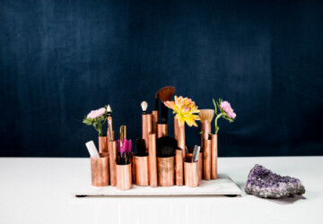 15 Cool And Simple DIY Makeup Brush Holders - DIY Makeup Organization Ideas, DIY Makeup Brush Holders, DIY Makeup Bags, DIY Makeup Bag, DIY Makeup