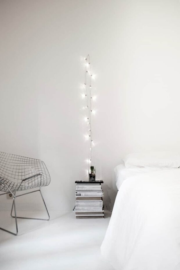 13 DIY Ways to Decorate your Bedroom With String Lights - String Lights DIY Ideas, string lights, diy String Lights