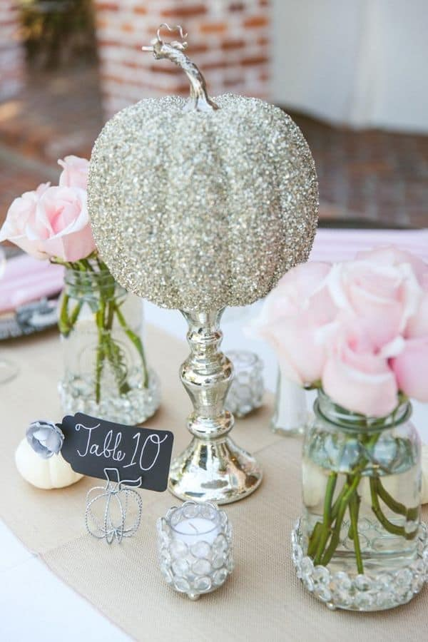 13 Eye Catching and Inexpensive DIY Wedding Table Decor Ideas