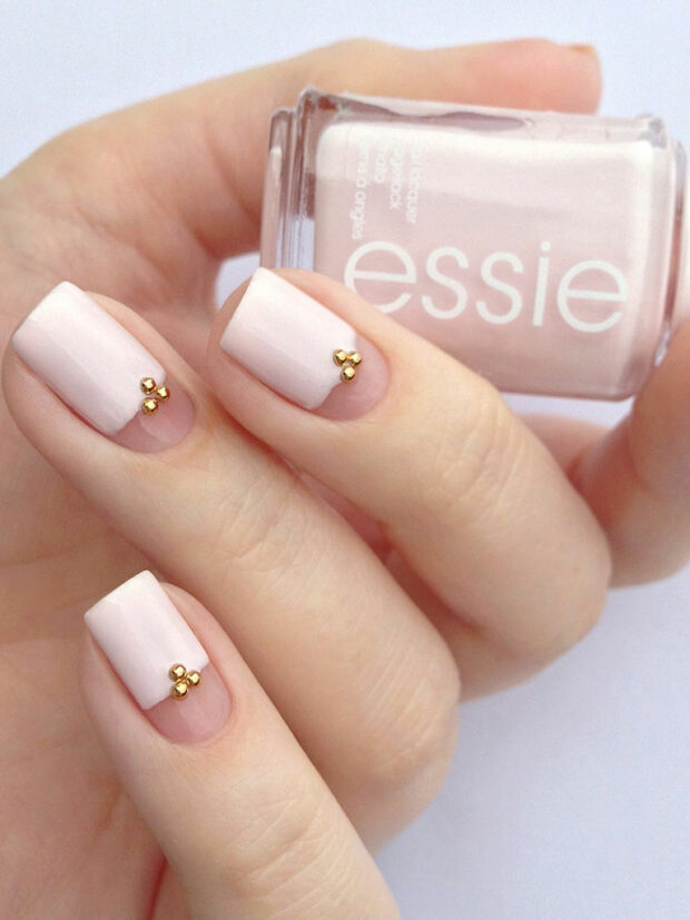 12 Wedding Nails Designs and Manicure Ideas to Copy