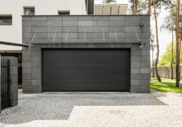 How to Choose the Best Garage Door - requirements, maintenance, home, garage door, exterior, energy efficiency, budget, aestetics