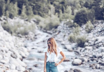 13 Ways to Look Feminine in Baggy Jeans - Baggy Jeans outfit ideas, baggy jeans, Baggy Jean