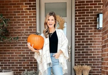 13 Cozy Fall Outfits to Wear All Season - Early-Fall Outfits, cute fall outfit, cozy outfit, cozy fall outfit ideas, Cozy Fall Outfit