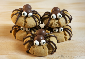 13 Spooky Halloween Desserts to Make This October - Halloween desserts, Halloween Dessert Ideas for Kids, Halloween Dessert