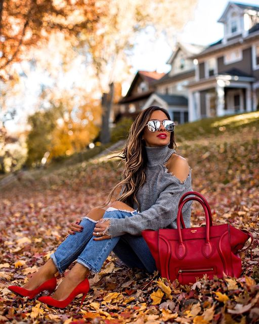 15 Effortlessly Cool Outfit Ideas Perfect for Fall - fall stripes outfits, fall street style, fall outfit ideas, cute fall outfit