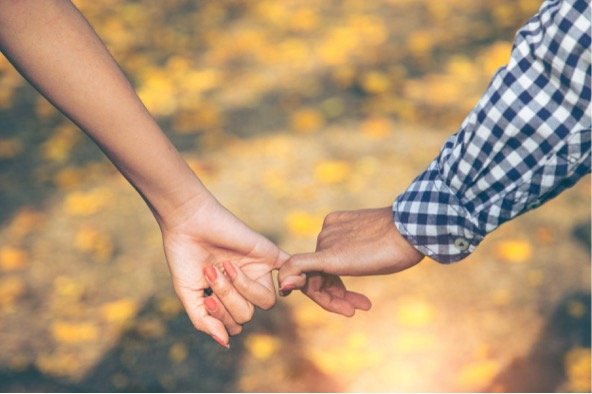 11 of the Dreamiest Fall Date Ideas - season, Pumpkins, photo shoot, ideas, glamping, Fall, date, Camping, apple picking