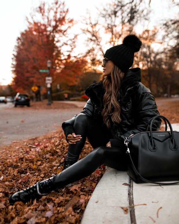 15 Outfit Ideas Perfect for The Last Days of October