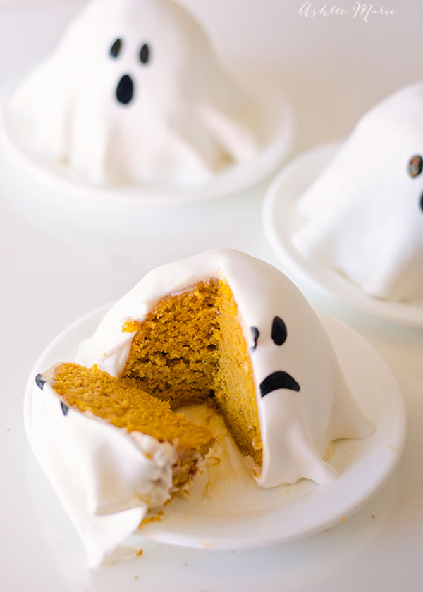 15 Great Halloween Treats You Need to Make This Year (Part 1) - Healthy Halloween Treats for Kids, Healthy and Festive Halloween Treats, Halloween Treats for Kids, Halloween treats
