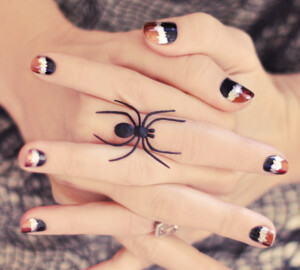 13 Creepy and Kooky Halloween Nail Art Ideas - Spooktacular Halloween Nail Art, halloween nails, Halloween Nail Art Ideas, halloween nail art
