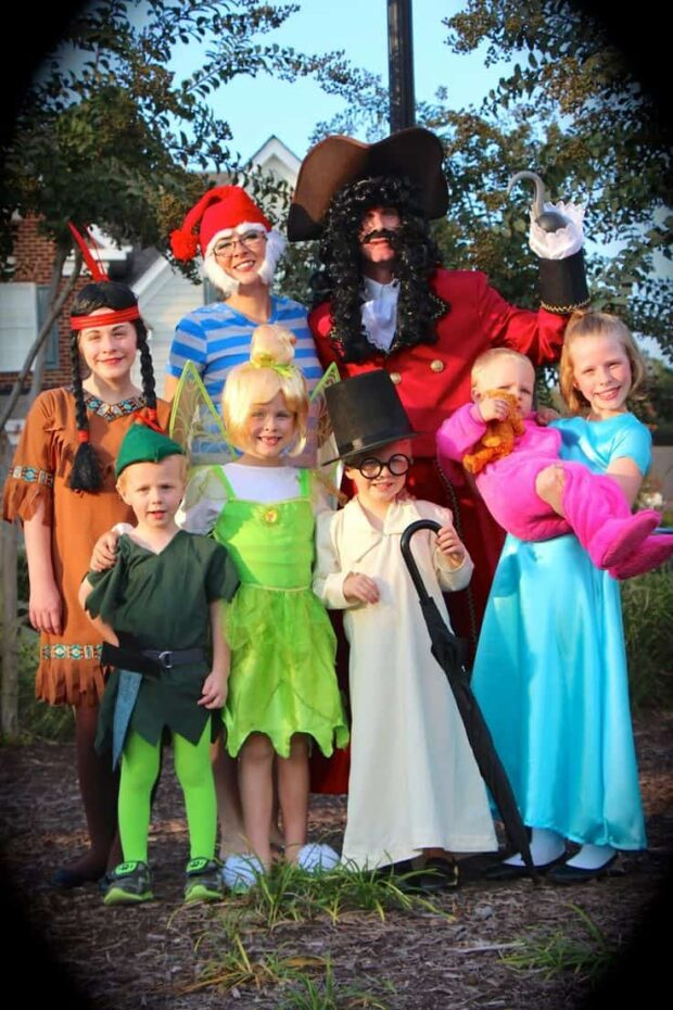 The Best DIY Winning Group Halloween Costume Ideas - Halloween Costume Ideas for Couples, Halloween Costume Ideas, Group Halloween Costume Ideas, DIY Halloween Costume Ideas, DIY Group Halloween Costume Ideas