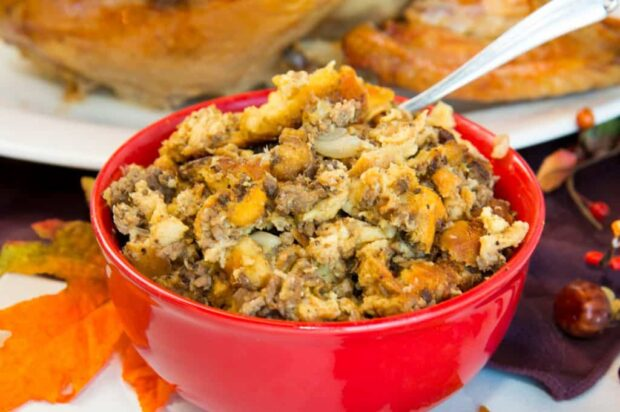 14 Delicious Stuffing Recipes To Make This Thanksgiving - Thanksgiving Stuffing Recipes, Thanksgiving recipes, Stuffing Recipes To Make This Thanksgiving, Stuffing Recipes