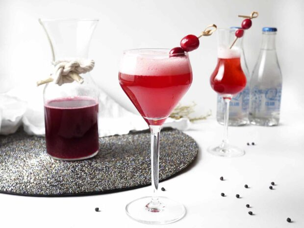 13 Best Cocktail Recipes for Winter - winter Cocktail Recipes, Festive Christmas Cocktail Recipes, Cocktail Recipes for Winter, Cocktail recipes