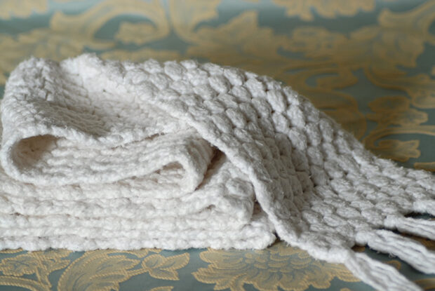 15 Amazing DIY Ideas for Crocheted Hats and Scarves - DIY Ideas for Crocheted Hats and Scarves, DIY Crocheted Hats and Scarves, diy chrochet