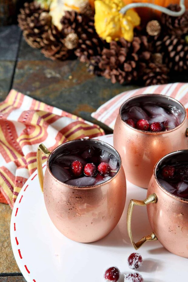 15 Christmas Cocktails to Spice Up Your Holiday Celebrations - Festive Christmas Cocktails, Christmas Cocktails recipes, Christmas Cocktails