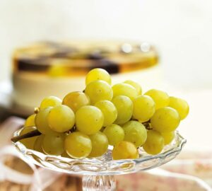 Ways to Serve Grapes on New Year's Eve - serving grapes, new year's eve, New Year, healthy food, grapes, food, Drinks