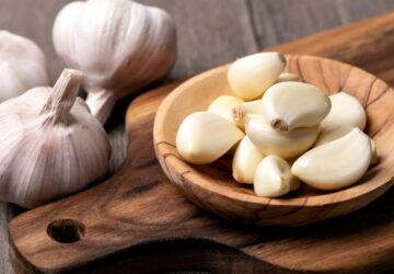 Add Garlic in Your Diet - Let Me Give You 10 Reasons - garlic, food, diet
