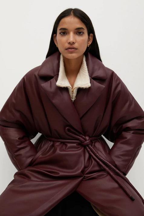 The Coat With The Most Trends Of The Moment