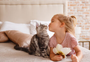 The Bond Between Children & Pets - Cats and Dogs - the bond between children and pets, style motivation, pets, pet effects on children, dog lovers, cat lovers