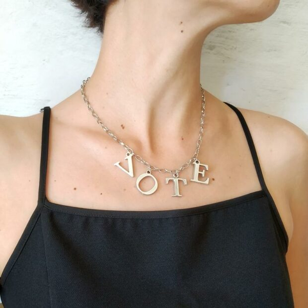 Custom Letter Jewelry and What It Represents - variations, personal, letter, jewelry, expression, custom