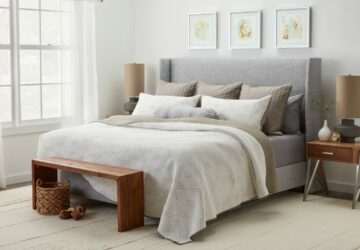 How to Style and Arrange Pillows to Create the Most Comfortable Bed - style, pillows, home decor, decorating ideas, comfortable, bed, arrange