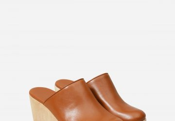Wooden Clogs Are The New Trend! - wooden clogs, women fashion, style motivation, style, spring trends in shoes, Shoes, shoe trends 2021, Shoe Trends, fashion, clogs