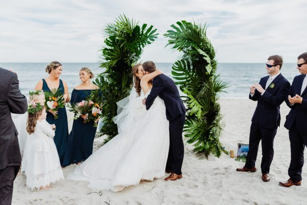 5 Important Things That Should Be On Your Wedding Checklist - Wedding Ring, wedding, outfit, hair style, food, checklist, beauty kit