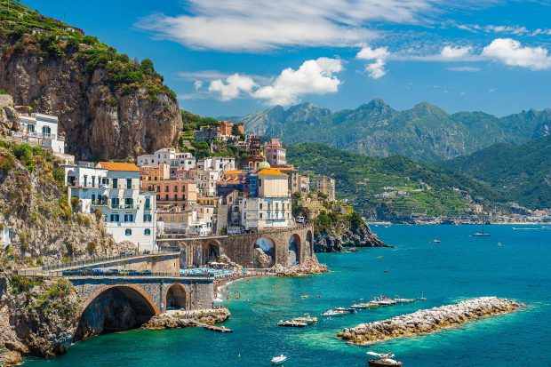 10 Best Vacation Destinations for 2021 - vacation, travel, puket, pandemic, mexuco, Italy, france, destinations, arizona, amalfi coast, 2021