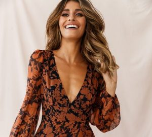 Printed Dresses That Will Solve Any Style In Seconds - women style, women fashion, women, printed dresses, fashion, Dresses