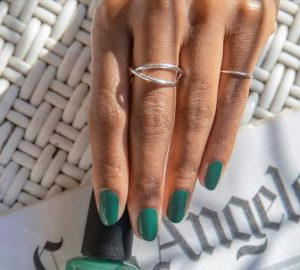 The Manicure Trend In Nails Of Summer 2021 - women nails, style motivation, style, nails summer trend 2021, nails, nail trends, nail trend for summer, green-colored nails, green color, fashion