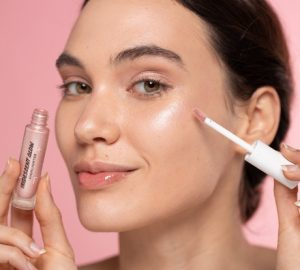 Natural And Sustainable Highlighter That Takes Care Of Our Skin In The Most Perfect Way - women fashion, sustainable highlighter, style motivation, style, skincare, perfect skin, natural highlighter, highlighter, Fashion and Style, fashion, beauty