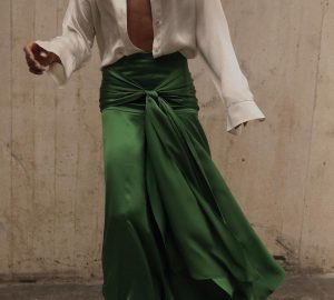 Long Flat Belly Skirt For A Guest Look Of The Season - style motivation, style, long skirt, long flat belly skirt, fashion