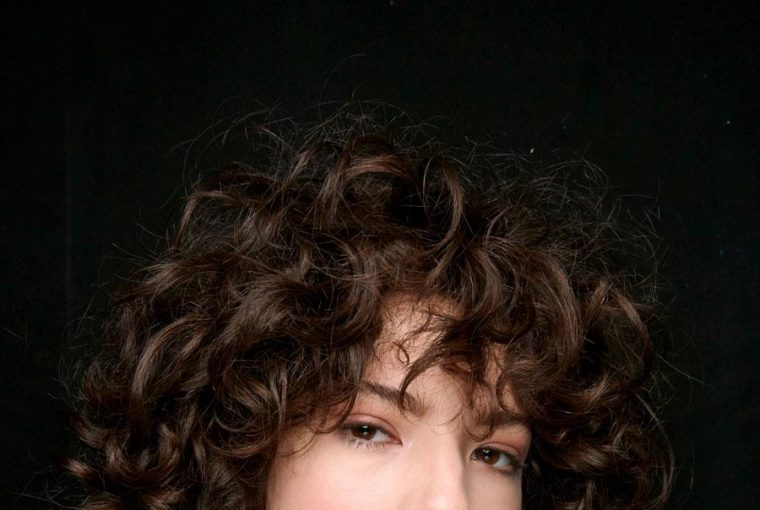 Women's Cuts For Curly Hair That Always Look Good - women's cuts, style motivation, style, Hairstyles, fashion style, curly hair, beauty