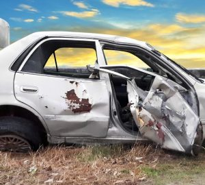 10 Reasons Why You Need to Sell Your Junk Car Right Now - sell, private, junk car, demand, dealerships