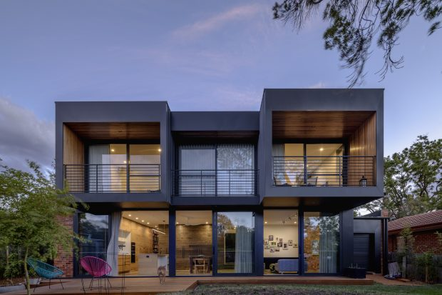 Hackett House, Canberra. Architecture & Interiors by Ben Walker Architects, built by Ewer Constructions, Architectural Photography by The Guthrie Project.
