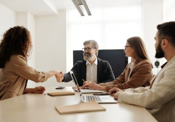 6 Ways To Make New Hires Feel More Valued And Respected - mentro, Lifestyle, employees